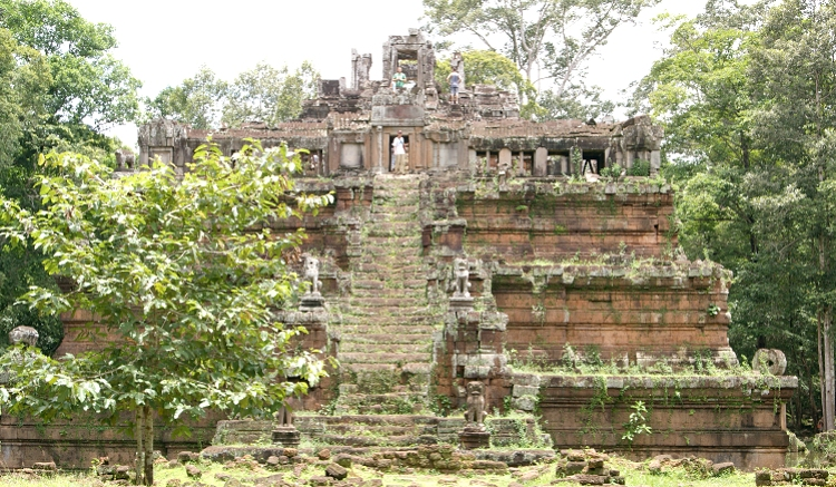 ピミアナカス遺跡